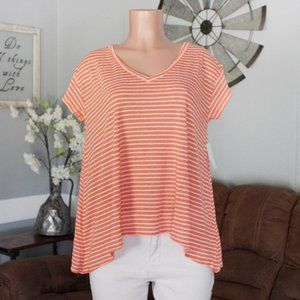 NWT Abound Peach & White V-Neck Tee Size Medium